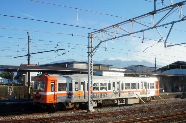 DSC02051 (640x425).jpg